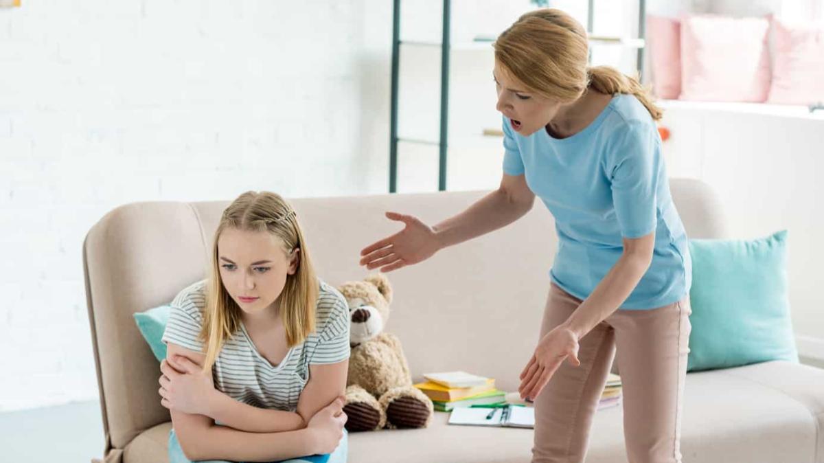 Amikor anya hisztis  <br><p class='alcim'> – Hogyan kezeljük a saját dühünket?</p>