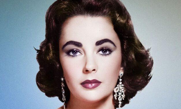 """""""A legjobb színész partnereim kutyák és lovak voltak""""  <br><p class='alcim'> – 89 éves lenne Elizabeth Taylor</p>"""