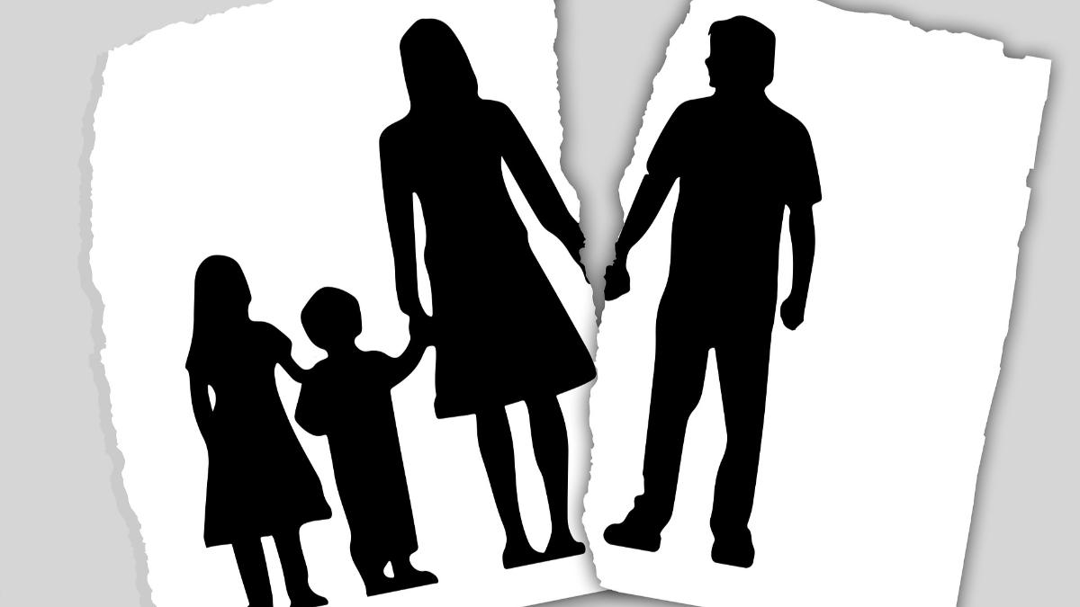 Szétszakad család
