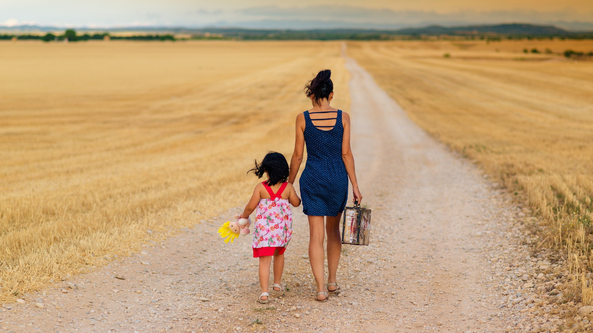 egyedülálló szülő, gyerek- egyszülős