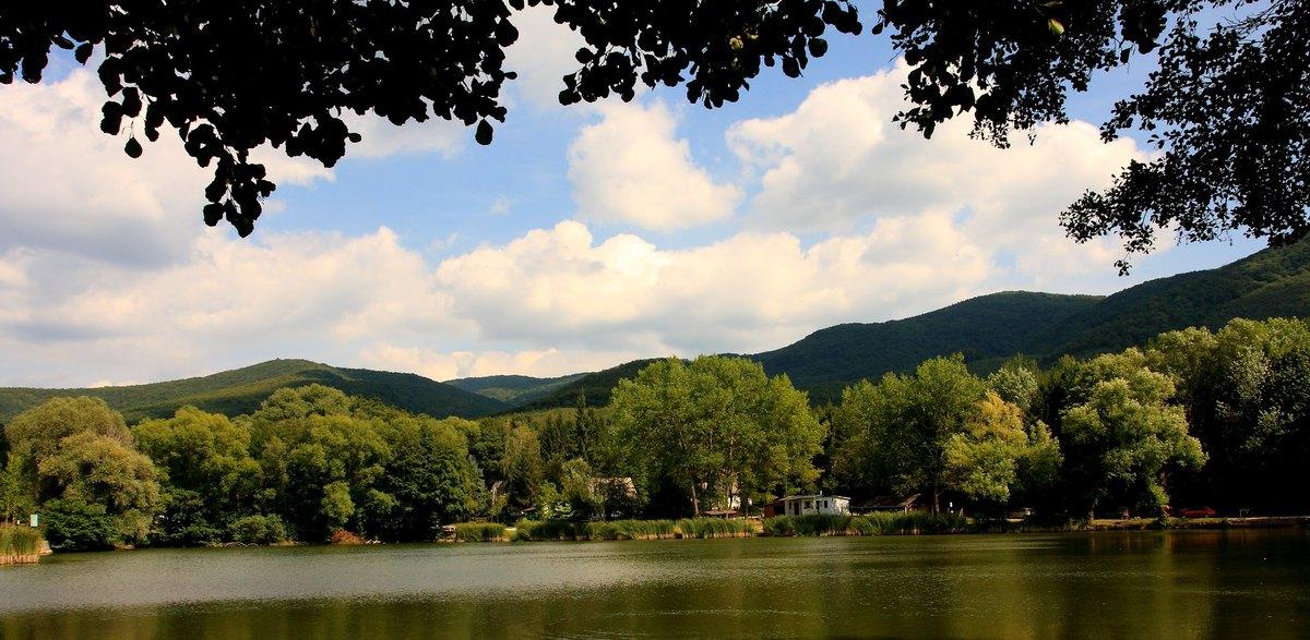 Lakvölgyi-tó