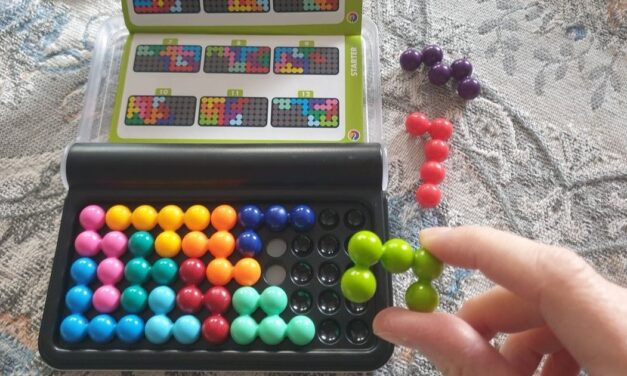 Ezek a játékok garantáltan lekötik a gyerekedet, és még okos is lesz tőlük  <br><p class='alcim'> – 3 + 1 készségfejlesztő játék hat év felettieknek</p>