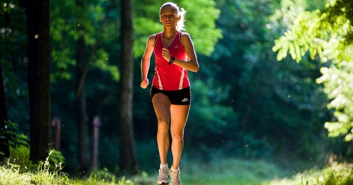 Ő az egyetlen magyar, aki 8 órás munka mellett kijutott az olimpiára  <br><p class='alcim'> – egy nyíregyházi lány útja az olimpiától az anyaságig</p>