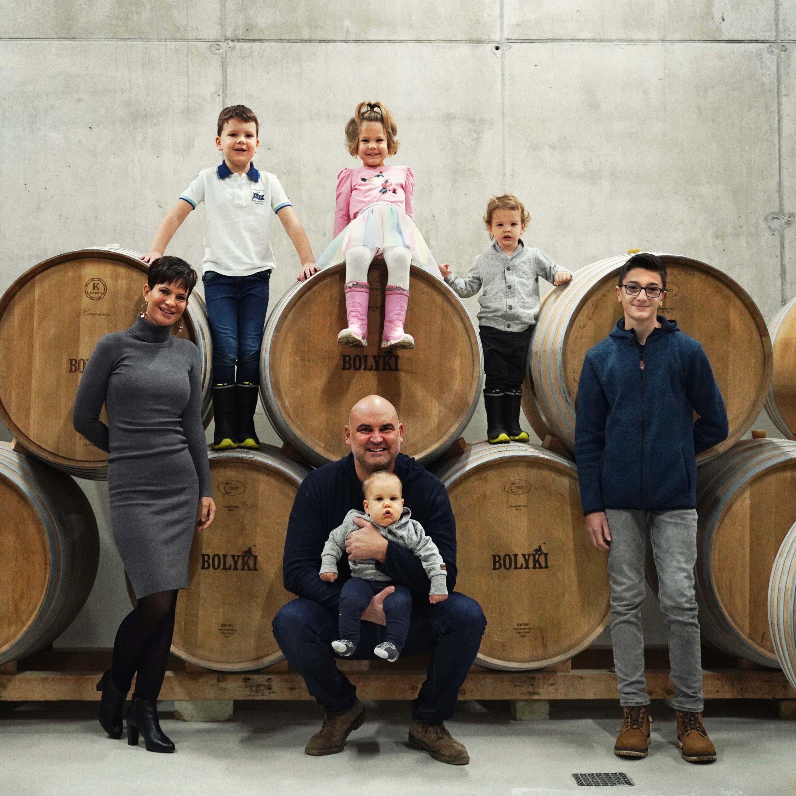 Bolyki János, szőlész-borász, bor, Eger, nagycsalád, Bolyki