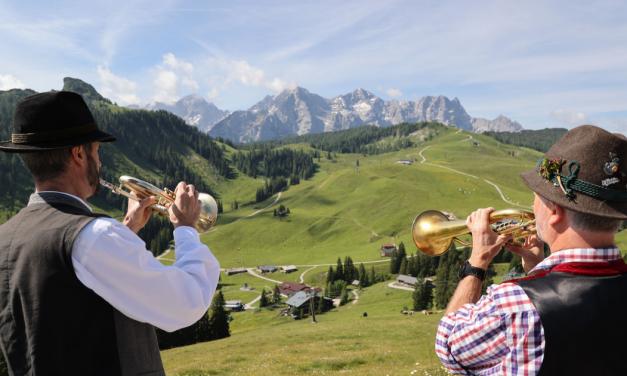 Megtaláltuk Ausztria legmenőbb családi pihenőhelyét  <br><p class='alcim'> – egy hétvége ezernyi élmény</p>