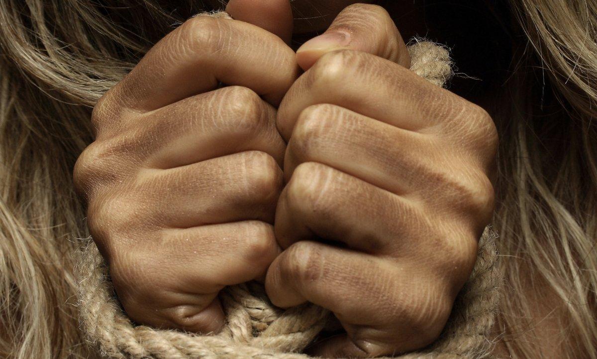 bántalmazás, bántalmazó kapcsolat, áldozat, szakítás, szabadság, bántalmazó