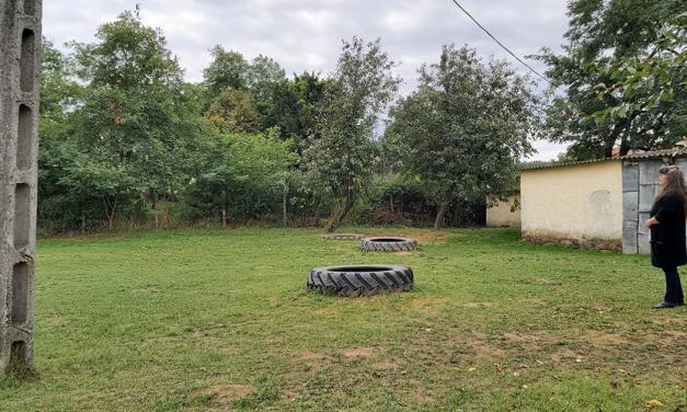 Egy óvoda, ahol három traktorgumi a játszótér